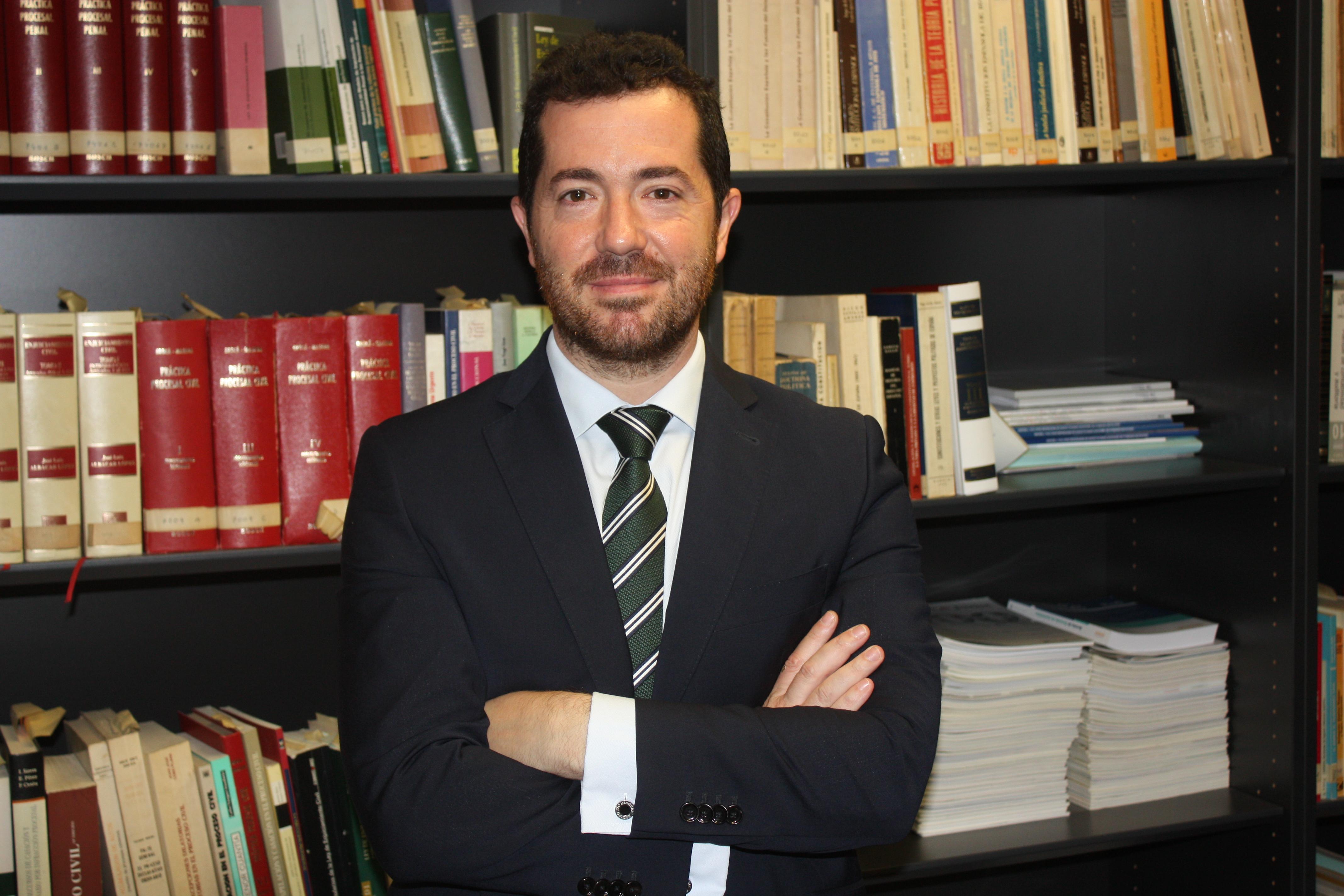 FACTOO: LA SOLUCIÓN AL PROBLEMA QUE NO EXISTE, POR SANTIAGO CALVO