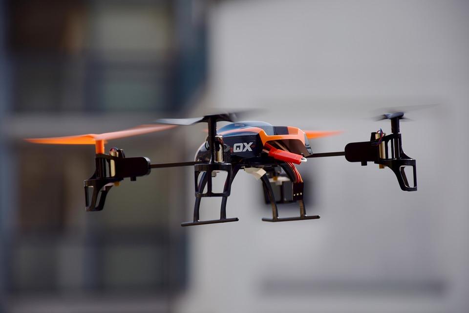 DRONES, PRIVACIDAD, DELITOS, PROBLEMAS Y SOLUCIONES. POR ALBERTO AZNAR
